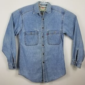 Levi's soft denim button shirt with pockets small